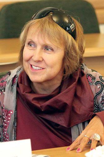 Член-корреспондент Российской академии архитектуры и строительных наук и действительный член Международной академии архитектуры в Москве Елена Григорьева.