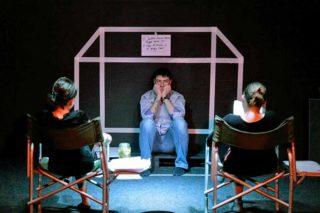 29 марта в театрального центре «Новая драма» состоялась первая актерская читка современной пьесы киевского драматурга Натальи Ворожбит «Саша, вынеси мусор».
