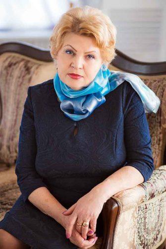 Вера Михайловна Шленова: «Меня воодушевляет отклик людей, он есть всегда. Куда бы я ни приехала, к кому бы ни пришла с предложением: а давайте сделаем! — люди всегда отзываются».