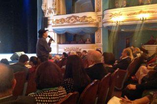 В программу концерта вошли относительно новые, но уже знакомые и особенно близкие иркутянам песни «Товарищ Губернатор», «Сибирские встречи» и «Байкал — краса России».