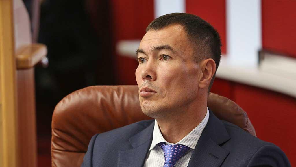 Депутат Евгений Сарсенбаев. Фото Евгения Козырева