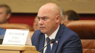 Депутат ЗС Иркутской области Денис Шершнев.