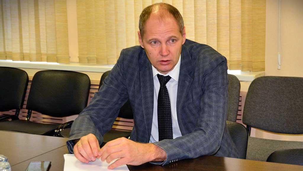 Министр спорта Иркутской области Илья Резник.