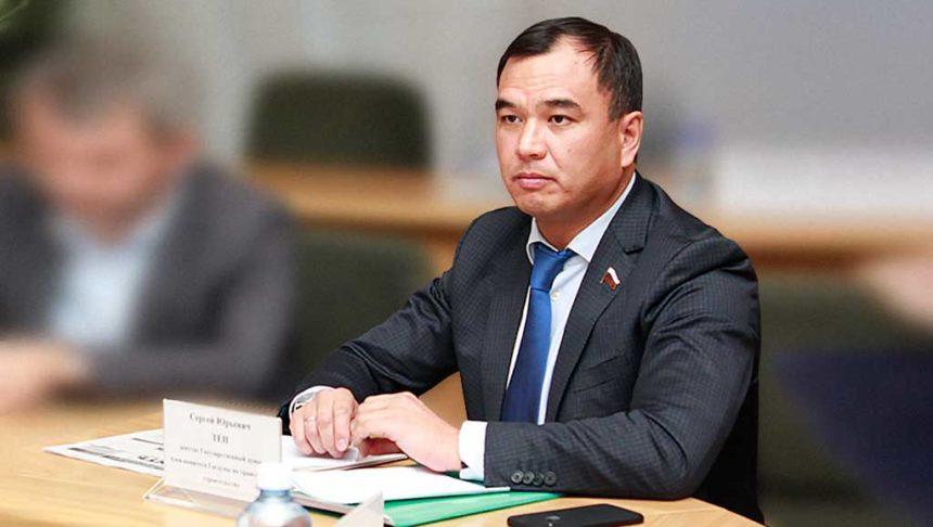 Сергей Тен вошел в президиум