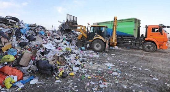 В Кызыле введен режим ЧС, это позволит администрации города принять меры для ликвидации мсорных свалок. Фото Геннадия Гуляева