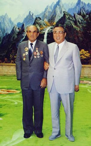 Президент Ким Ир Сен и Яков Тихонович Новиченко
