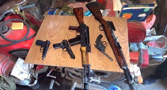 В Томске силовики ликвидировали оружейную мастерскую