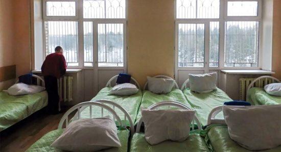 В Бурятии 143 пациента психоневрологического интерната заразились COVID